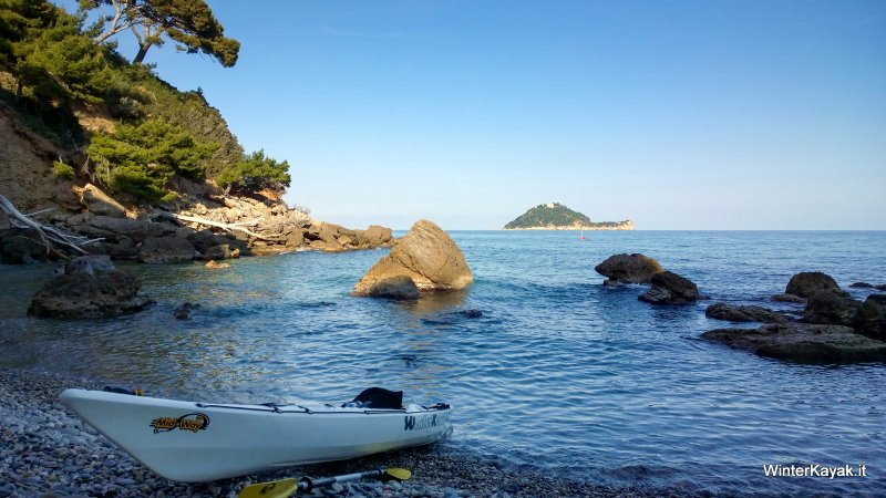 L'Isola Gallinara vista da Punta Murena (Alassio - Liguria)